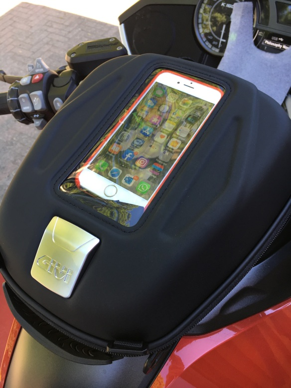 Givi QuickLock iPhone